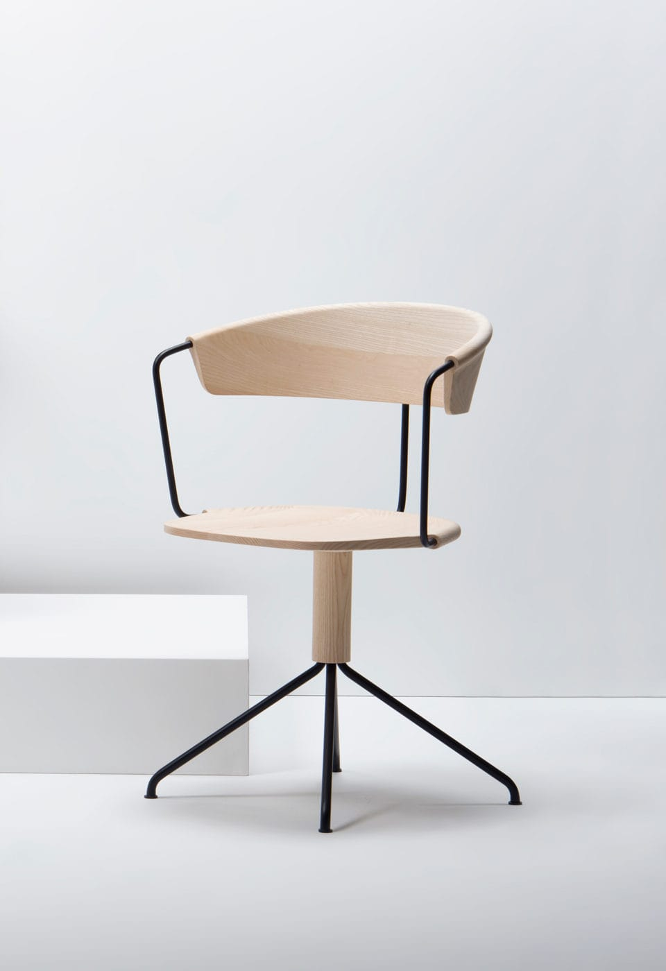 Mc9 Uncino Collection By Ronan Amp Erwan Bouroullec For